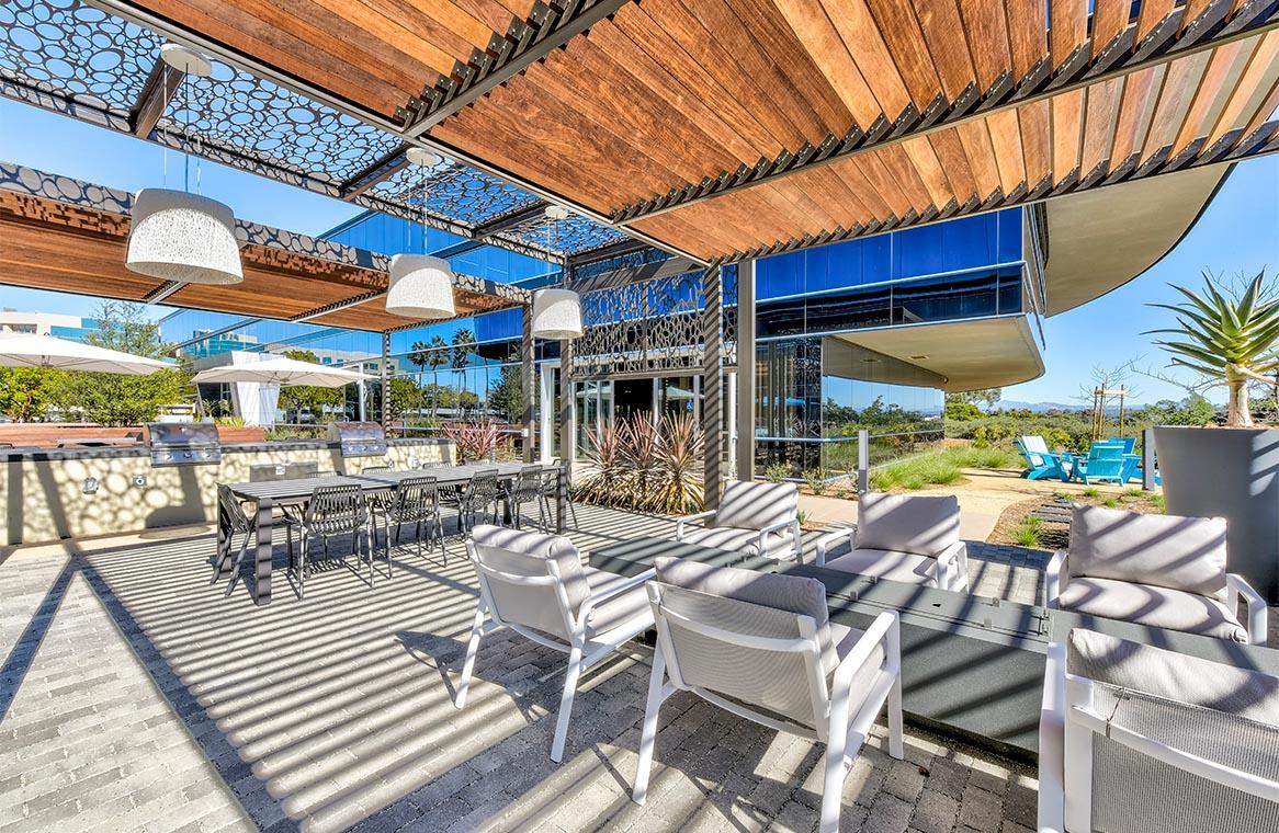 HCP Sorrento Highlands at Lusk Courtyard with Custom Trellis